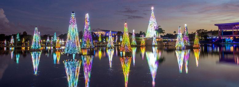 Holiday season in Orlando Villas at Regal Palms townhouses
